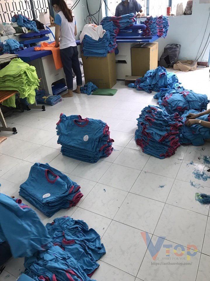 Quy trình làm việc xưởng may áo thun theo yêu cầu tại Aothunvtop
