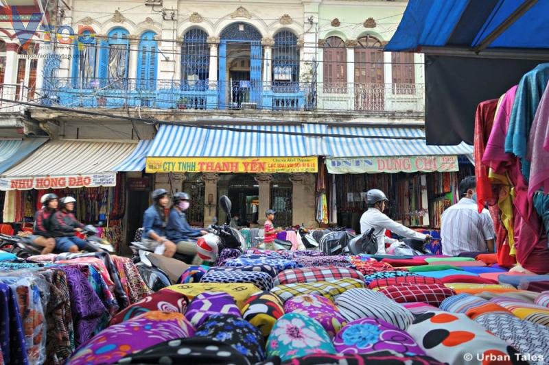 mua vải ở chợ Tân Định